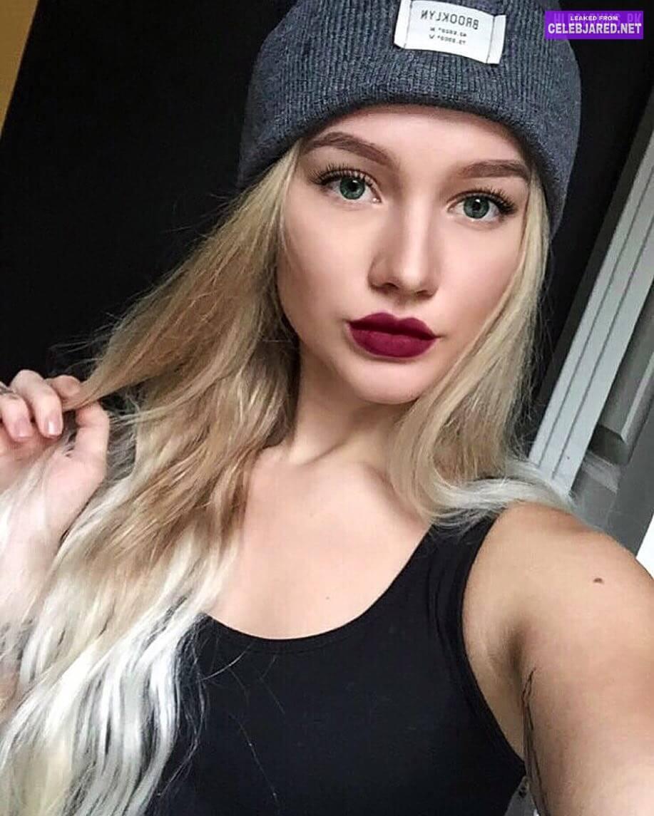 Charlotte Wollan